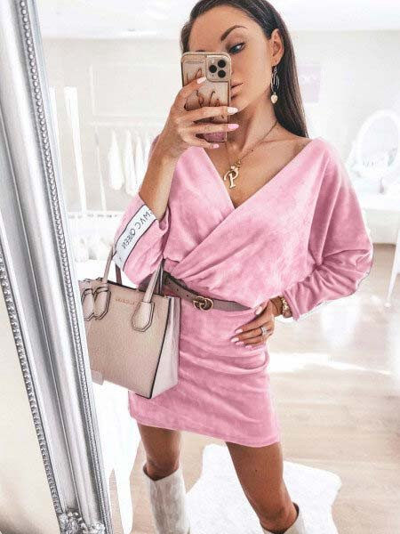 Welurowa ołówkowa sukienka...