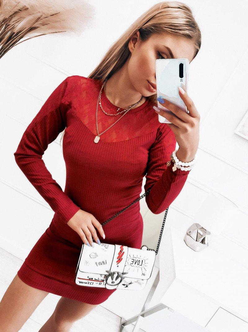 Dopasowana prążkowana sukienka - ODETA - czerwona