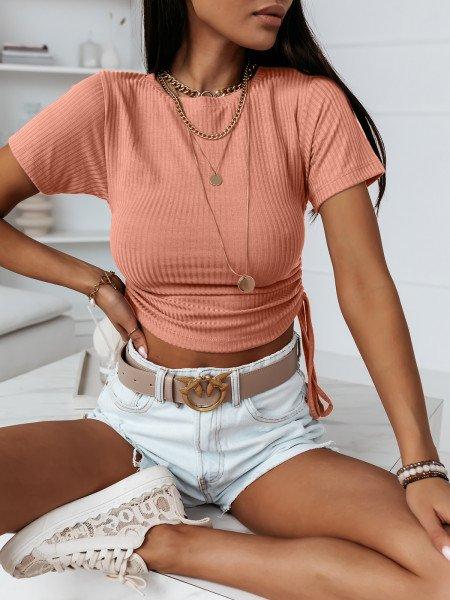 Prążkowana bluzka z marszczonymi bokami ALLURE - brzoskwiniowy