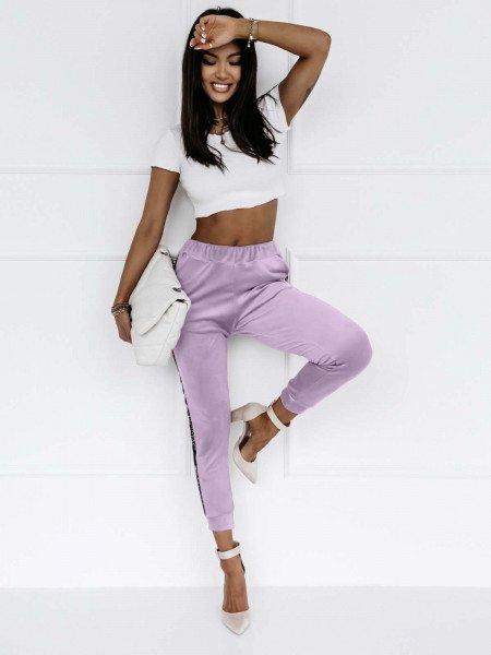 Welurowe spodnie dresowe Alessia- lila