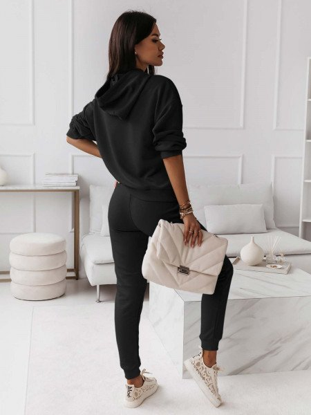Komplet dresowy z haftem - YOU - czarny
