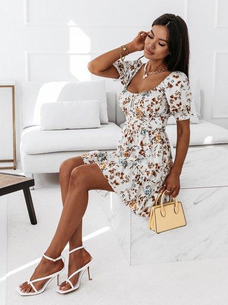 Sukienka z dekoltem na plecach - MILANO - biała