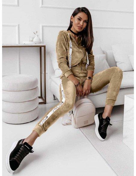 Welurowy dres spodnie + QUEEN STYLE - złoty