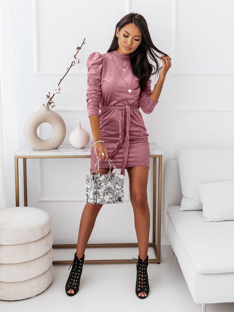 Welurowa sukienka z golfem REBECCA -...