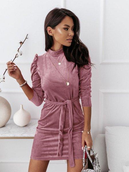 Welurowa sukienka z golfem REBECCA - brudny róż