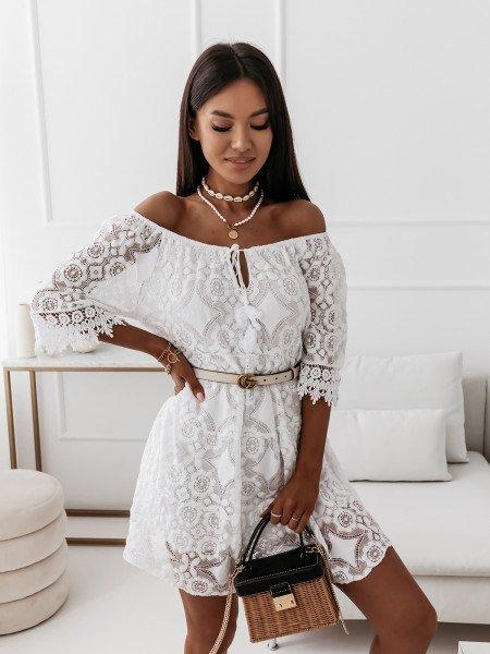 Trapezowa sukienka boho z ażurem - ROMANCE - biała