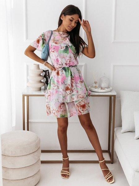 Sukienka w kwiatowy print - RUMBA - pudrowy róż