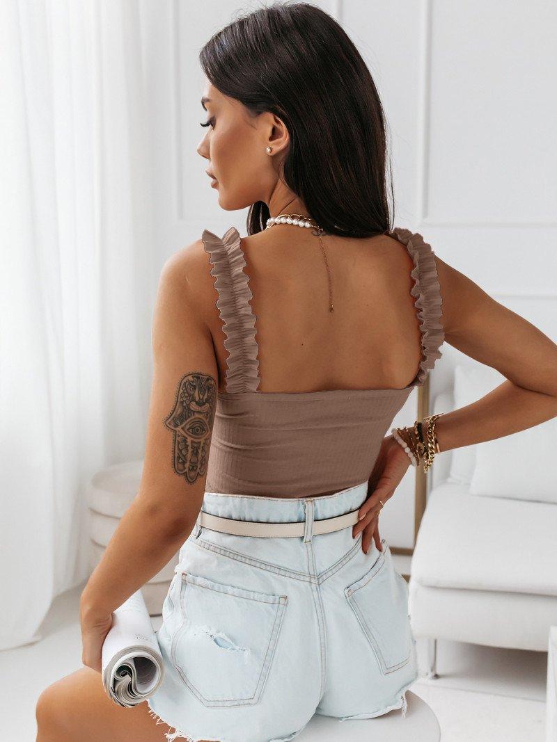 Prążkowana bluzka na ramiączkach...