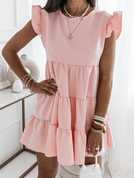 Trapezowa sukienka z falbanami - KIMBERLY - pudrowy róż