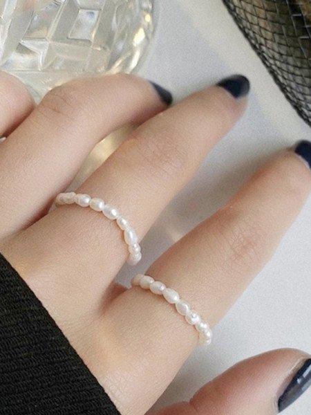 Pierścionek perły na gumce