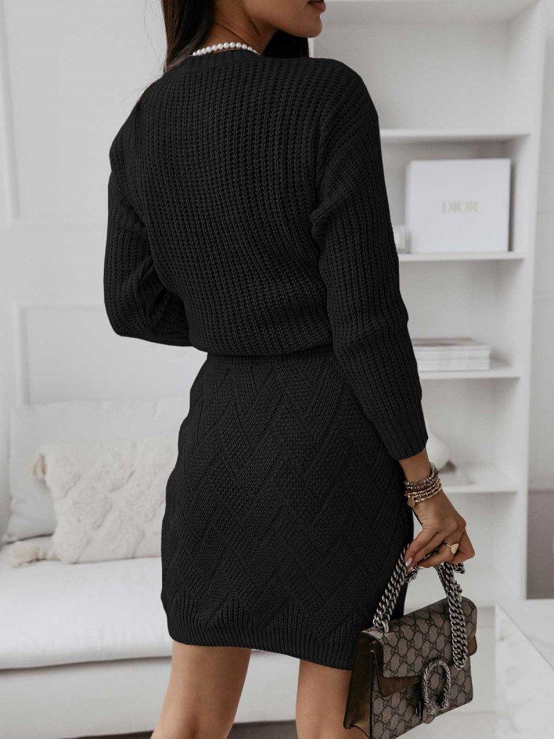 Dzianinowy komplet sweter + spódnica...
