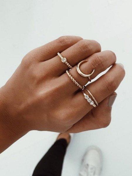 Zestaw 5 sztuk pierścionków