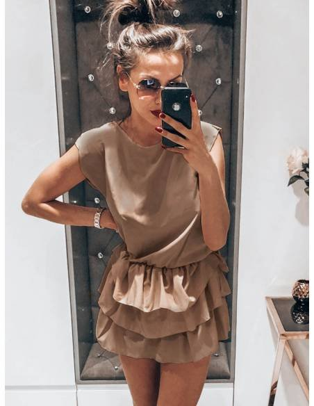 Kobieca mini sukienka z falbankami DIANA - latte