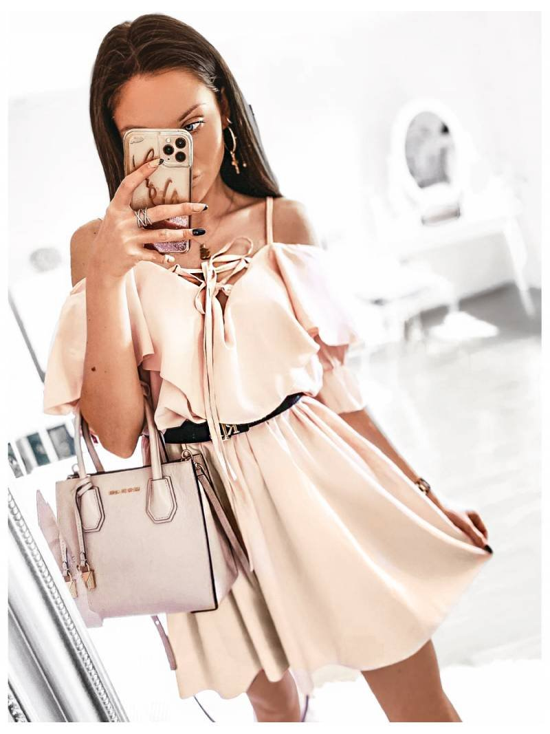 Kobieca sukienka na ramiączkach z falbanką MARITTA - jasny beż