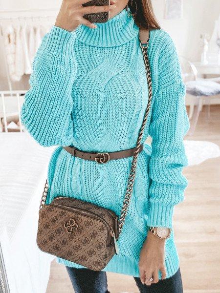 Pleciony sweter z golfem CHARLOTTE - morski