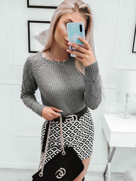 Pleciony sweter z ażurowym rękawem VALENTINA - popielaty