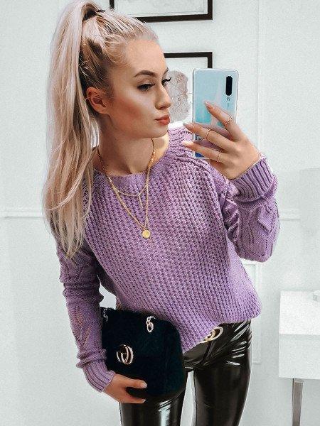 Pleciony sweter z ażurowym rękawem VALENTINA - liliowy