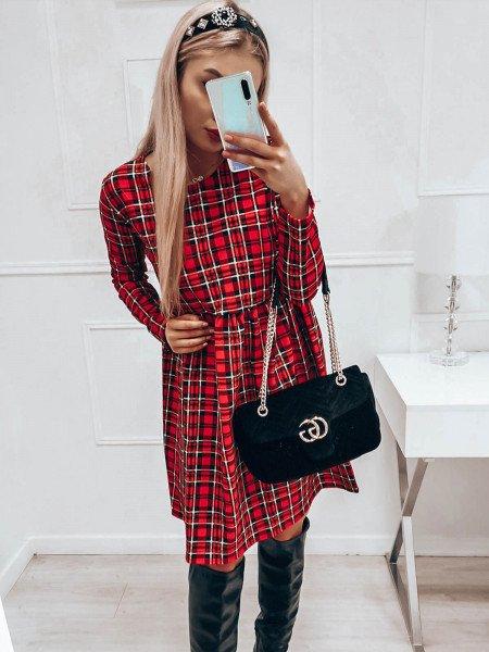 Trapezowa sukienka w kratę - AGGIE - czerwona