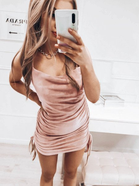 Welurowa sukienka na ramiączkach GISELE - beżowa