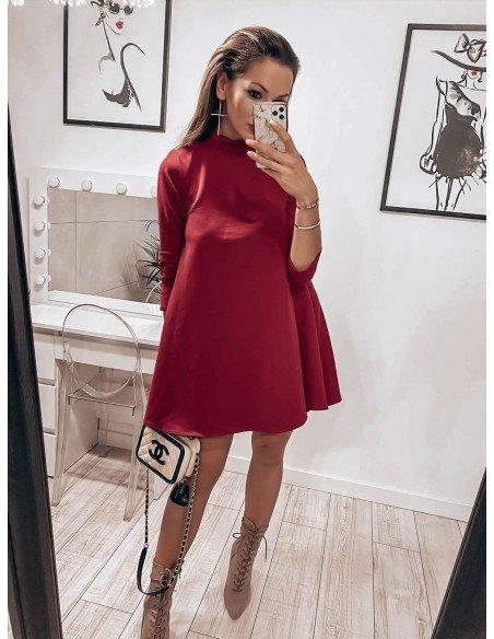 Trapezowa sukienka z półgolfem AZIZA - bordowy