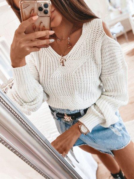 Sweter z wycięciami na ramionach - CUT - ecru