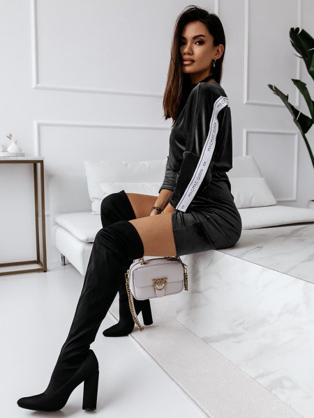 Welurowa ołówkowa sukienka SOFT - czarna