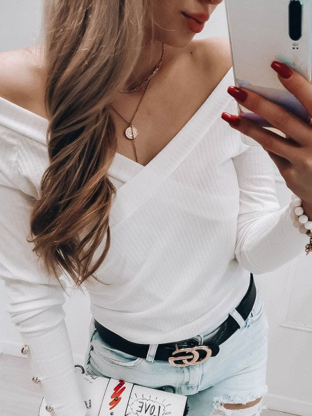 Prążkowana kopertowa bluzka CHICKY - biała