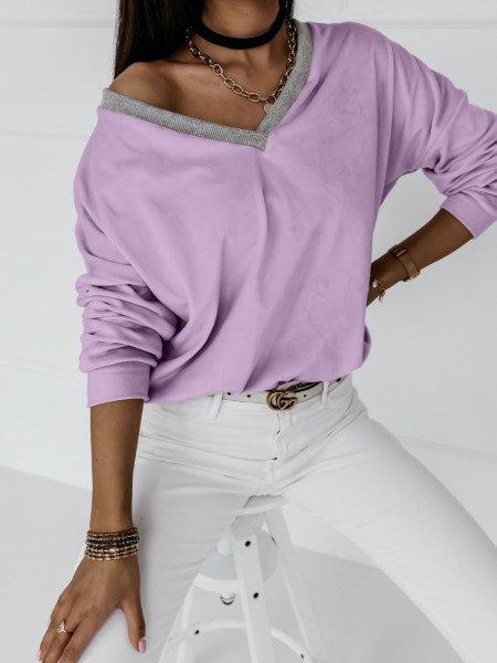 Welurowa bluza z dekoltem EVERY DAY - liliowy