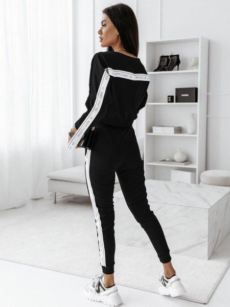 Komplet sportowy spodnie +...